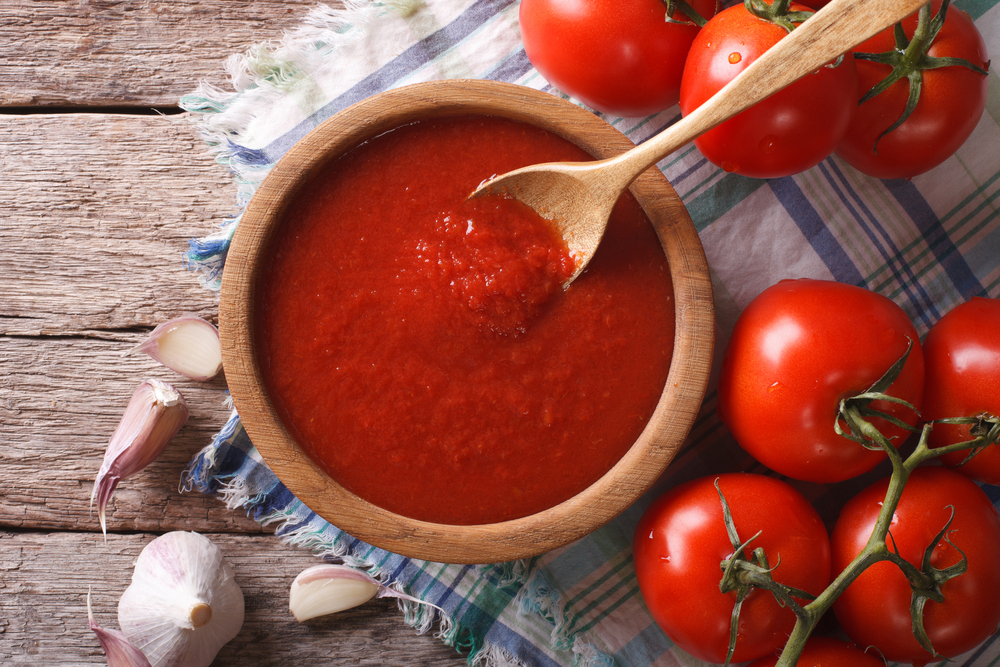 Can Dogs Eat Tomato Sauce? - Wagging